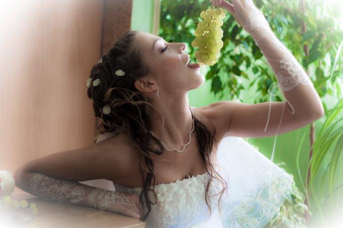 Невеста и виноград